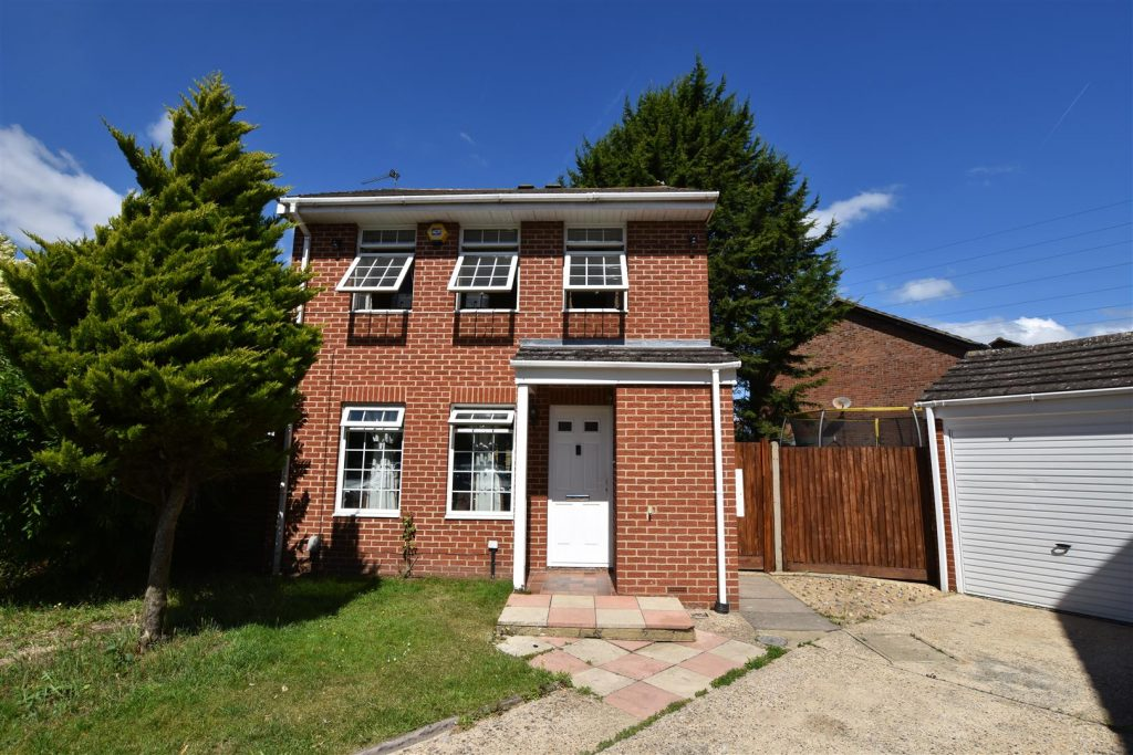 Ramsey Close, Lower Earley, Reading